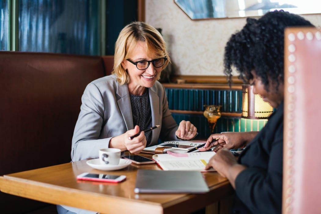 lawyer-client consultation